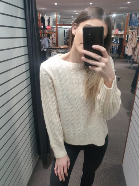 Cable Knit Cream